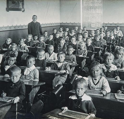 L'enfant, l'école et la norme